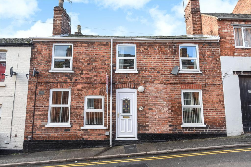 3 Bedrooms Terraced House for sale in St Hugh Street, Lincoln, LN2