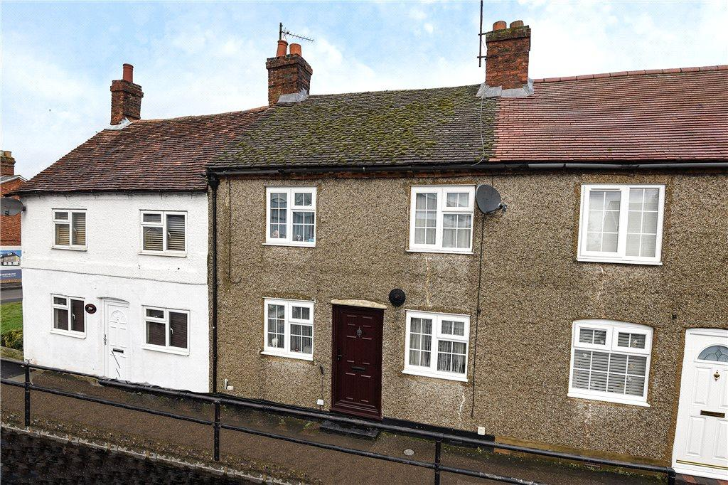 2 Bedrooms Terraced House for sale in Tickford Street, Newport Pagnell, Buckinghamshire