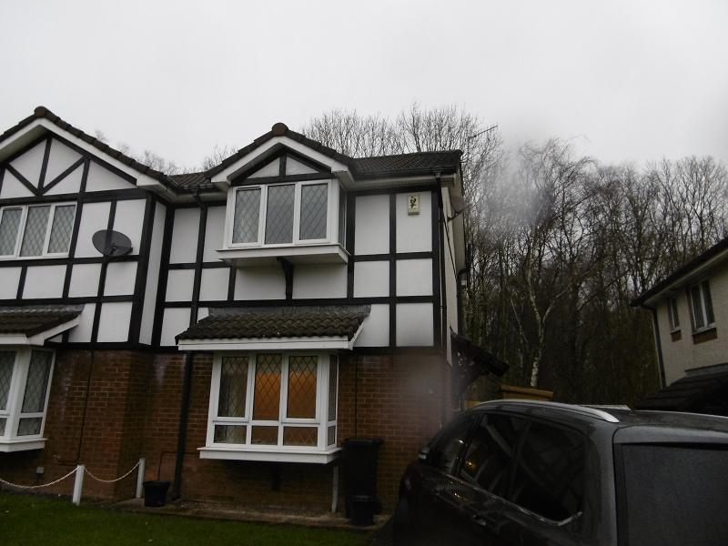 2 Bedrooms Semi Detached House for rent in Tudor Gardens, Neath, Neath Port Talbot.