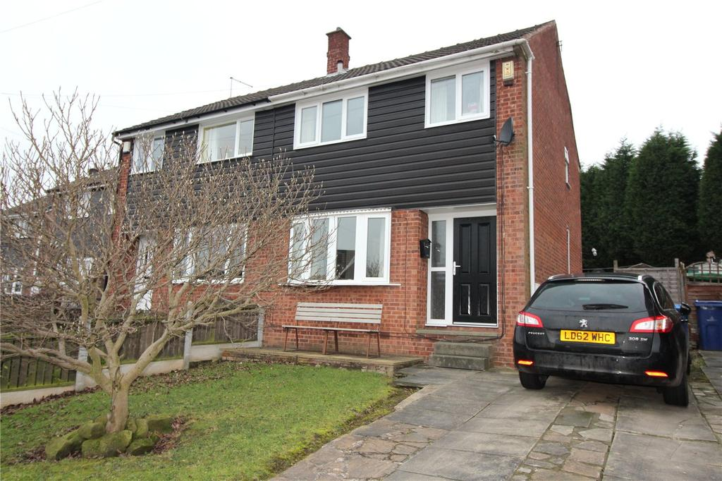 3 Bedrooms Semi Detached House for sale in Sunningdale Drive, Cudworth, Barnsley, S72