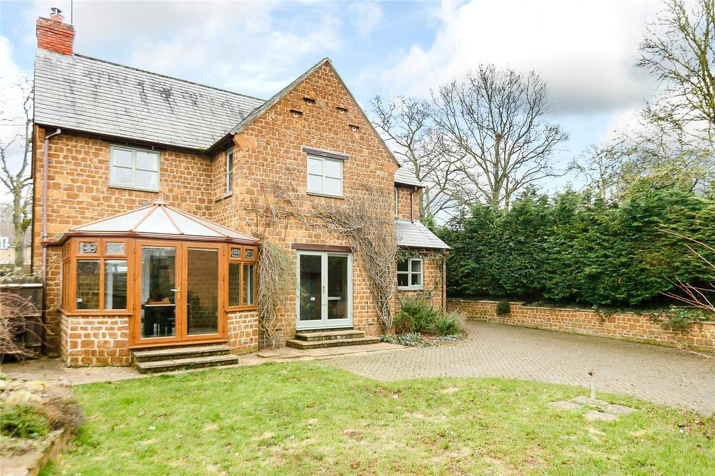4 Bedrooms Detached House for sale in Sibford Ferris, Banbury, Oxfordshire