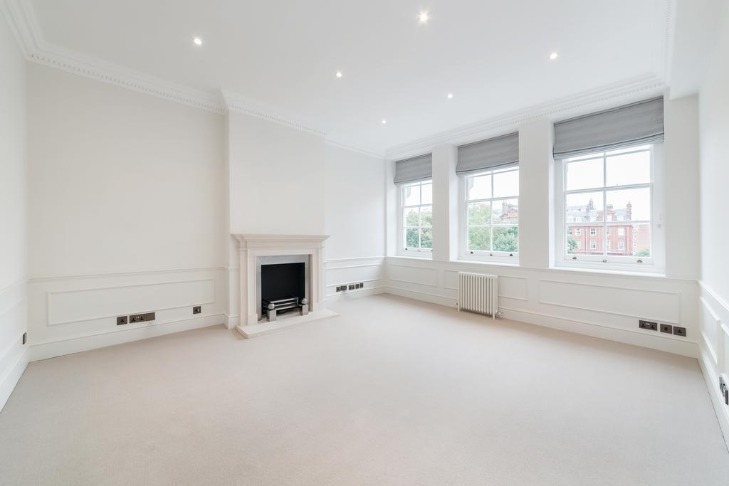 2 Bedrooms Flat for sale in Cadogan Square, SW1X