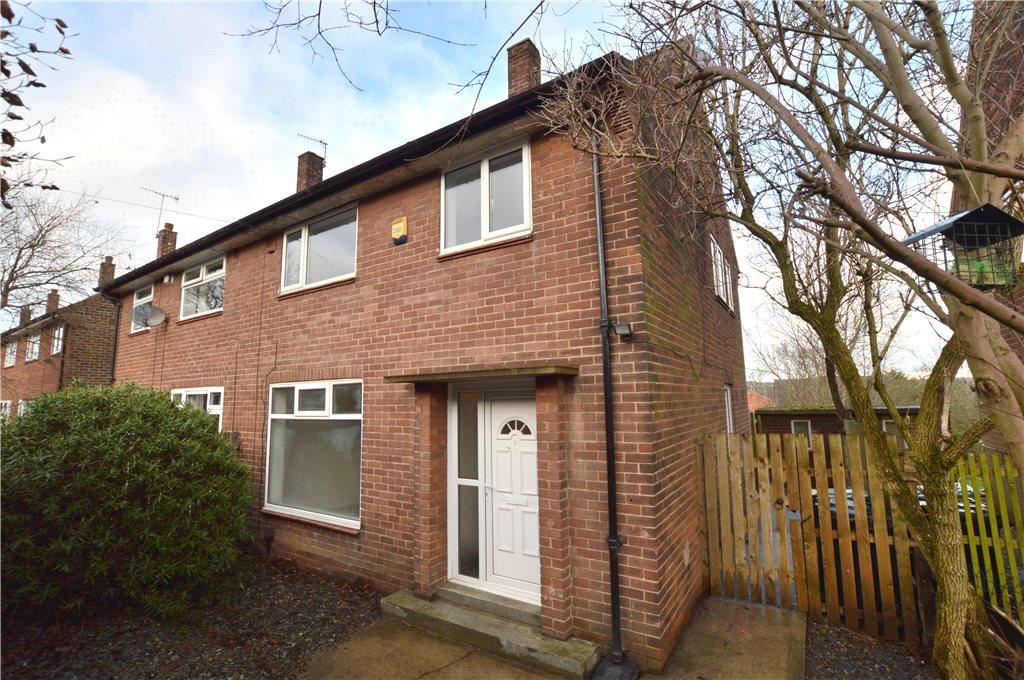 3 Bedrooms Semi Detached House for sale in St Catherines Drive, Bramley, Leeds