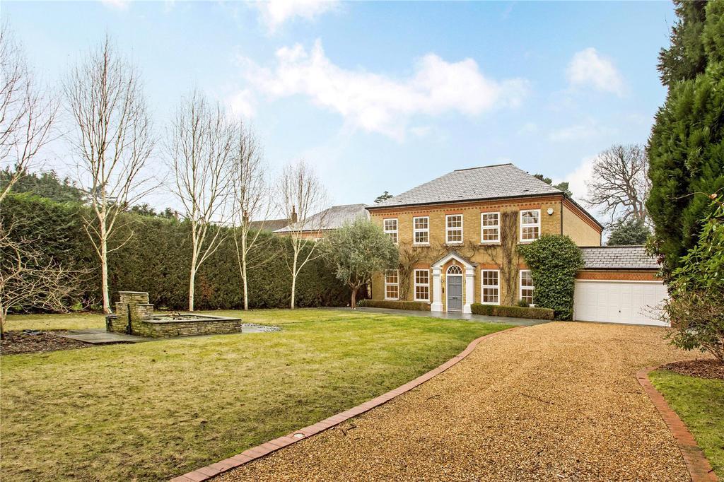 5 Bedrooms Detached House for sale in Sandy Lane, Cobham, Surrey, KT11