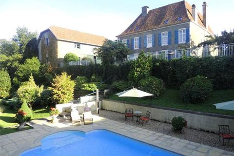 7 bedroom country house  - Manor House, Orthez, Pyrenees Atlantiques