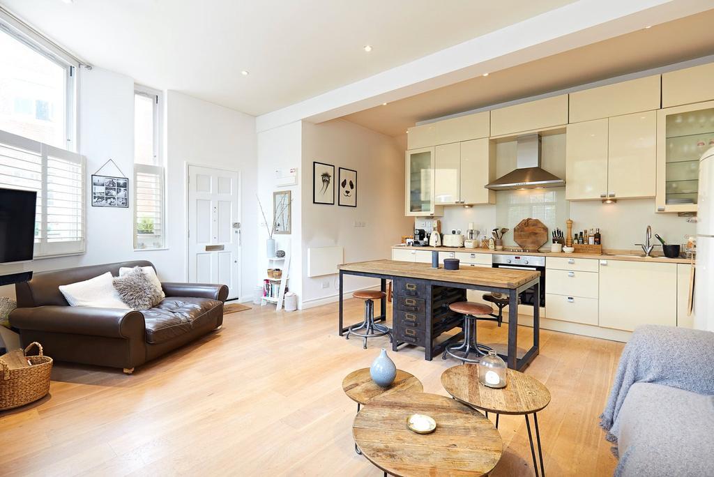 1 Bedroom Flat for sale in Battersea High Street, Battersea, London, SW11
