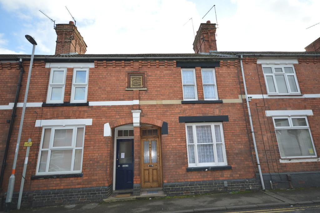 3 Bedrooms Terraced House for rent in Wood Street, Kettering