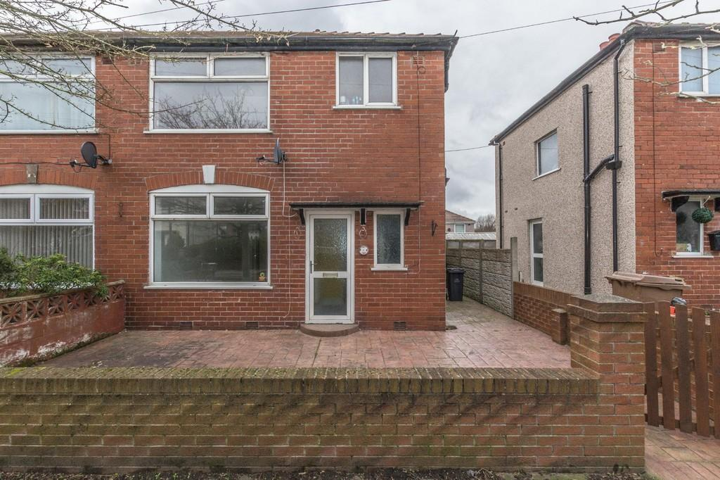 3 Bedrooms Semi Detached House for sale in Pine Road, Barrow-In-Furness