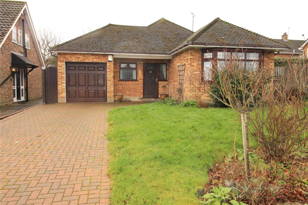 2 Bedrooms Detached Bungalow for sale in The Coverts, Hutton, Brentwood, Essex, CM13
