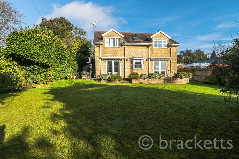 4 Bedrooms Detached House for sale in Calverley Park Gardens, Tunbridge Wells