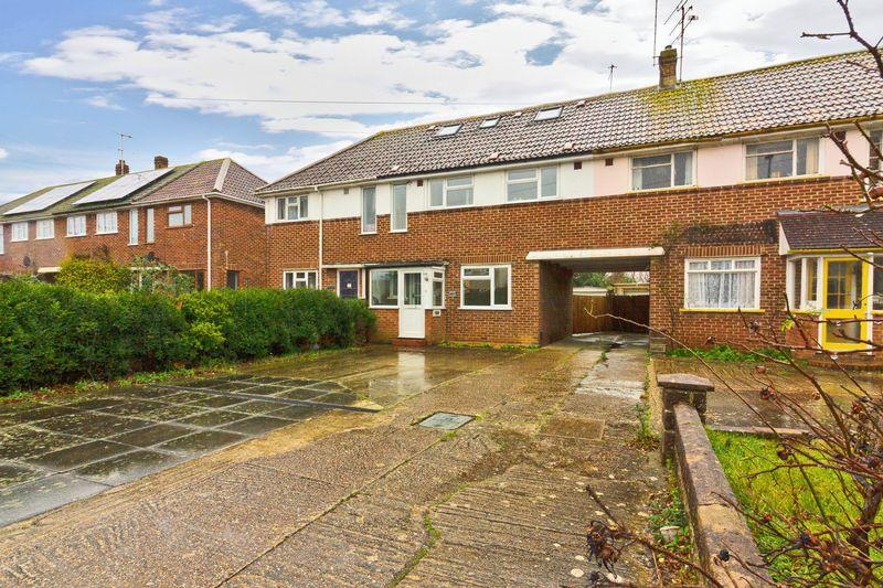 4 Bedrooms Semi Detached House for sale in Ringmer Road, Worthing