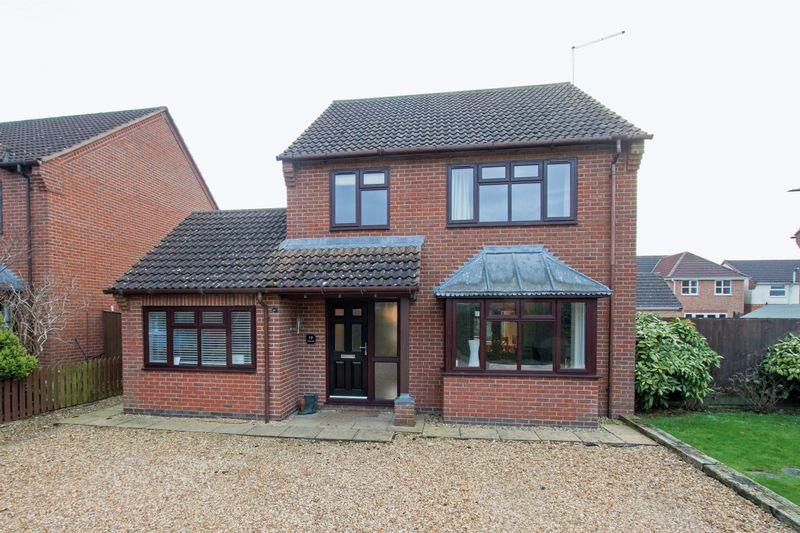 4 Bedrooms Detached House for sale in Tobias Grove, Stamford