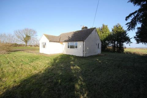 3 bedroom detached bungalow to rent - Elmview, Southbrook Road, Steeple Ashton