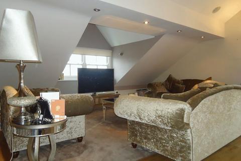 2 bedroom penthouse for sale - 15 Lyndhurst Road, Liverpool