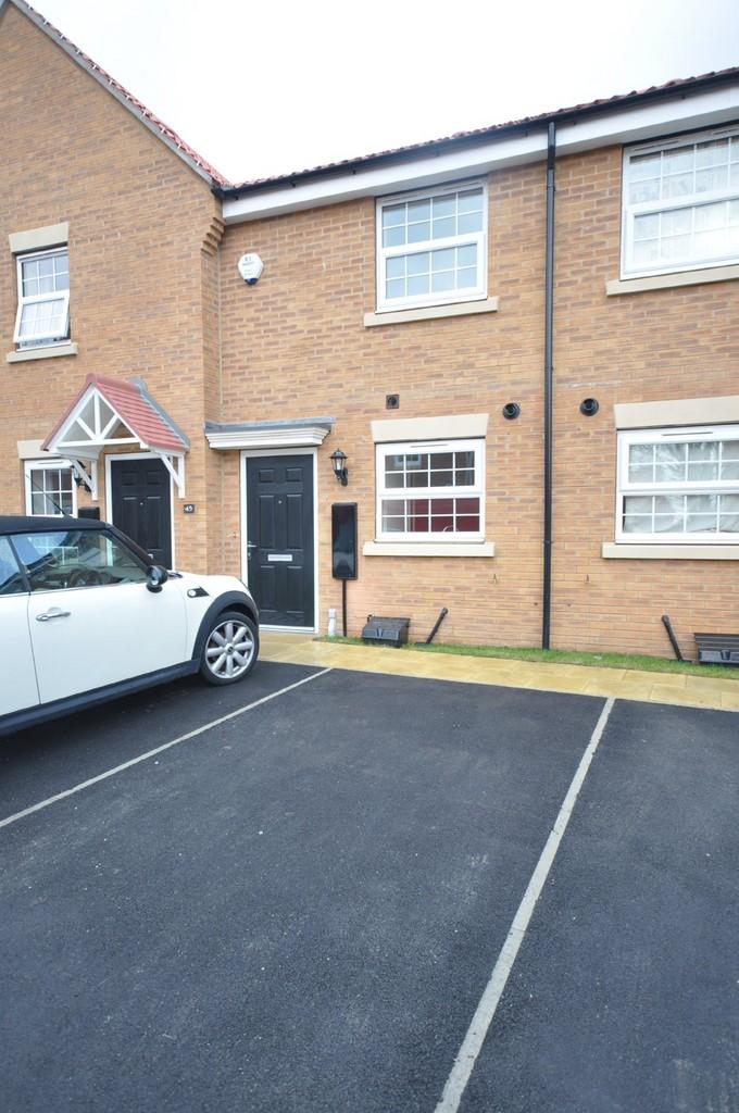 2 Bedrooms Terraced House for rent in 47 Carter Street, Howden