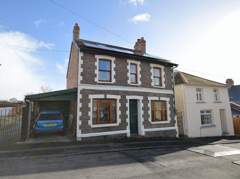 4 Bedrooms Detached House for rent in Mount Street, Abergavenny
