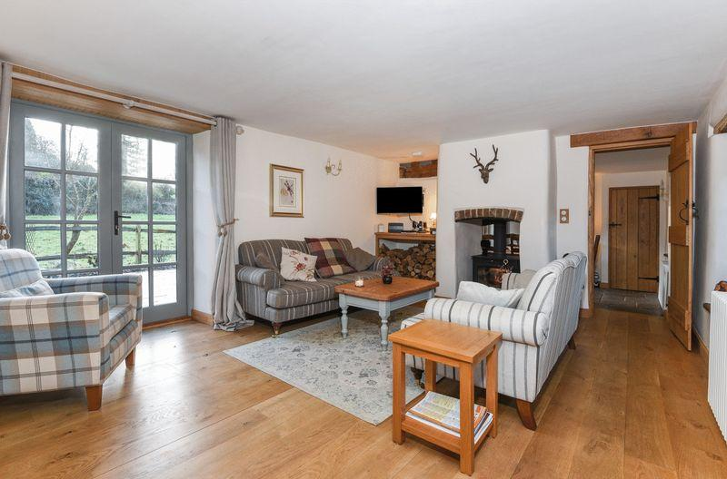 3 Bedrooms Cottage House for sale in The Toll House, West Street, Broadwindsor