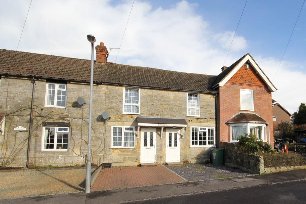 2 Bedrooms Cottage House for sale in Hurtis Hill, Crowborough