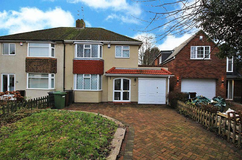 3 Bedrooms Detached House for sale in Rosemary Crescent West, GOLDTHORN PARK