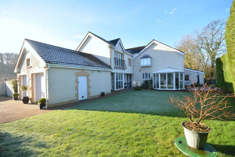 5 Bedrooms Detached House for sale in Tyn-Y-Stepsa, Pen-Y-Fai, Bridgend