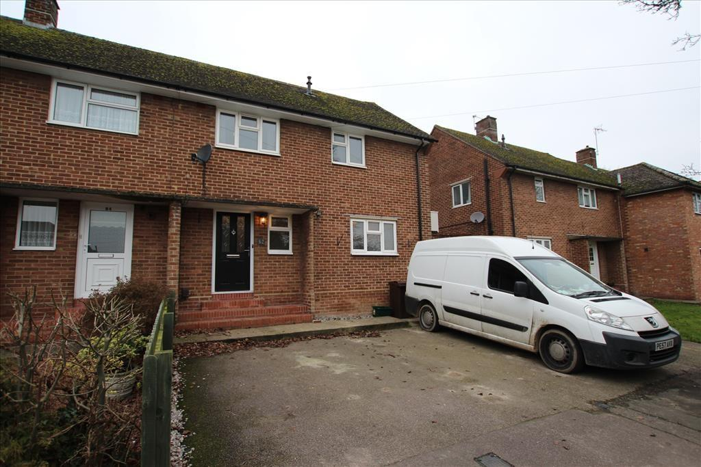 3 Bedrooms Semi Detached House for sale in Chilvers Bank, BALDOCK, SG7