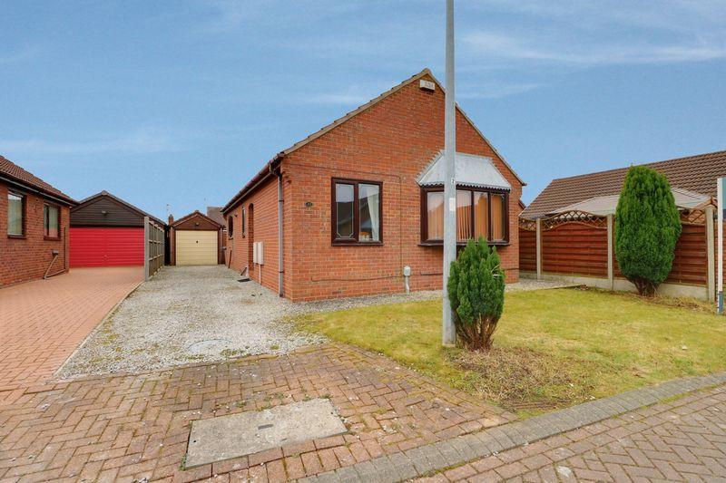 3 Bedrooms Detached Bungalow for sale in Ellis Close, Preston