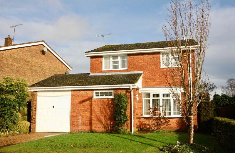 4 Bedrooms Detached House for sale in 4 Bedroom Detached Home, Crosslands, Caddington