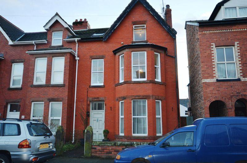 3 Bedrooms Maisonette Flat for sale in Church Road, West Kirby