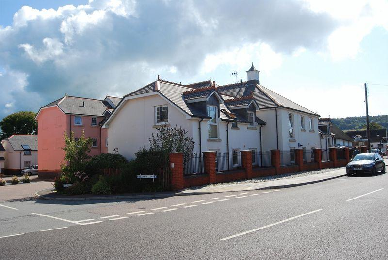 2 Bedrooms Apartment Flat for rent in 44 Woolbrook Road, Sidmouth