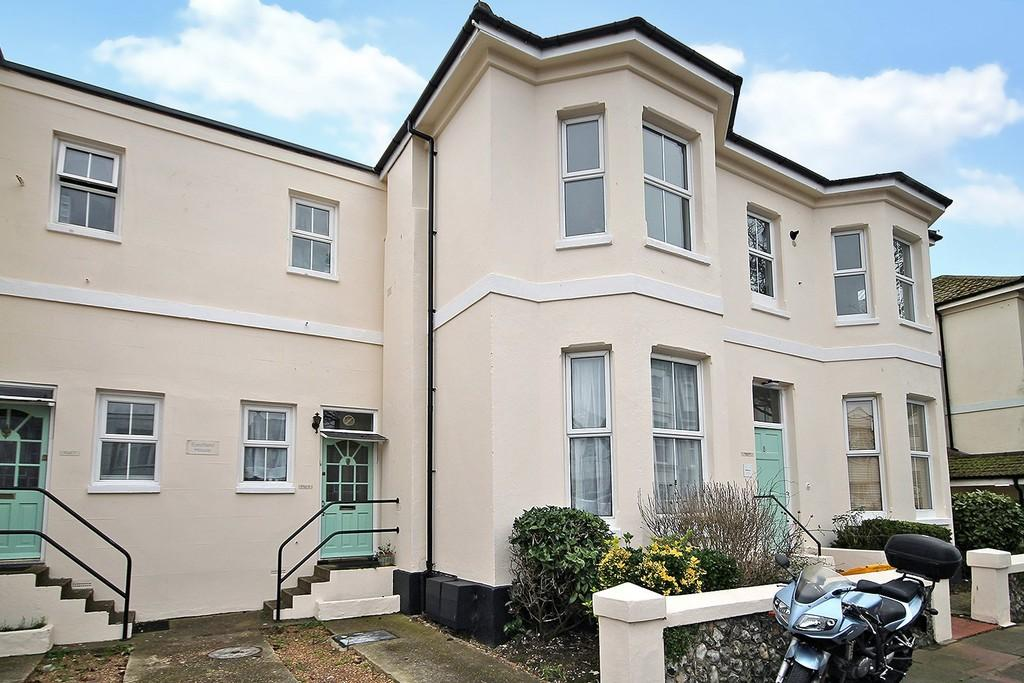 1 Bedroom Ground Flat for sale in Eastfield House, Selden Road, Worthing, BN11 2LL