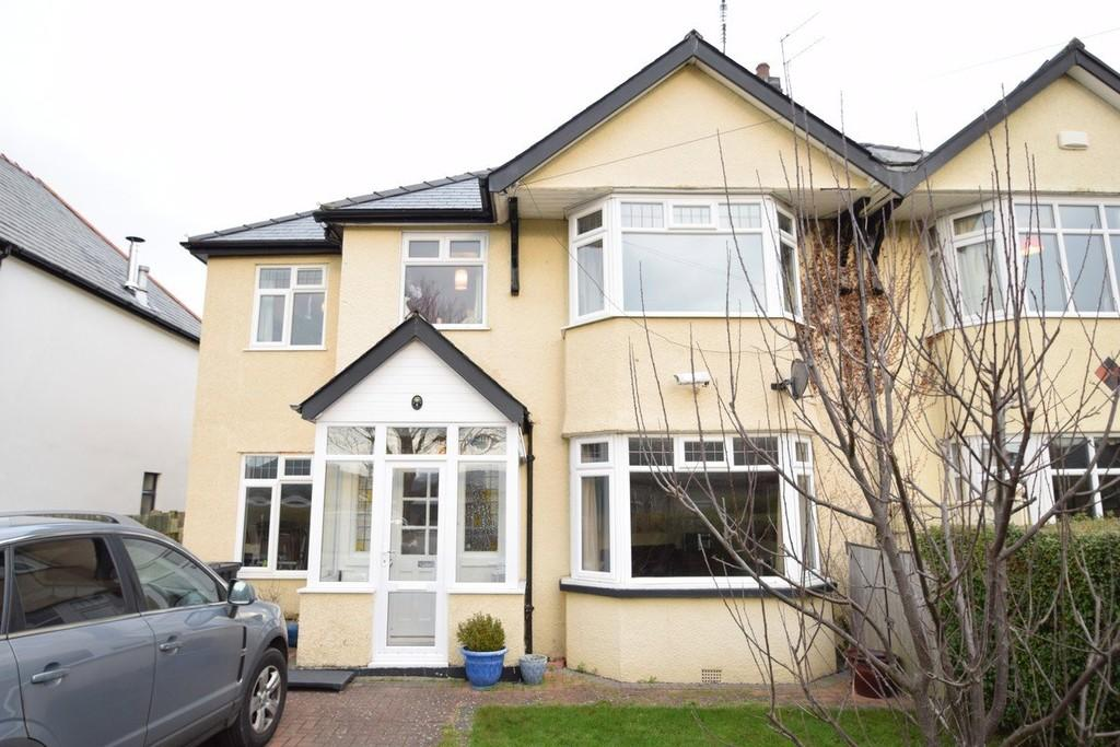 5 Bedrooms Semi Detached House for sale in Park Drive, Deganwy