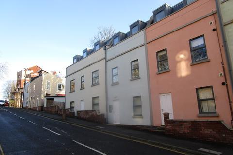2 bedroom flat to rent - Guild Court, Kingsdown, BS2 8EQ