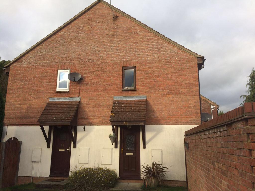 1 Bedroom House for sale in Beane Walk, Stevenage