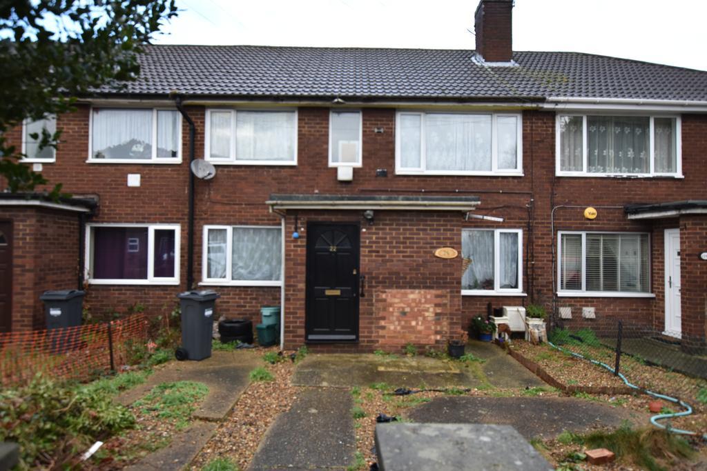 2 Bedrooms Flat for sale in Clymping Dene, Feltham