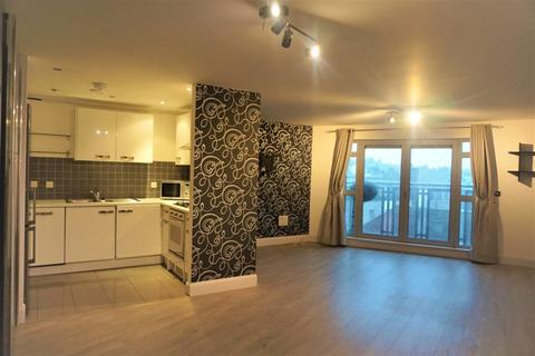 3 bedroom apartment to rent - Royal View, Grand Parade, BRIGHTON BN2