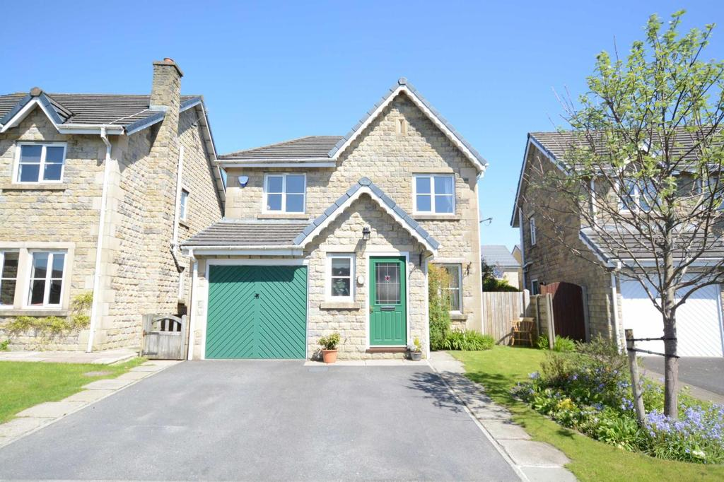 3 Bedrooms Detached House for sale in Meadowlands, Clitheroe, Lancashire, BB7