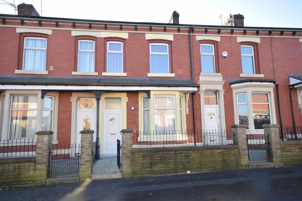 3 Bedrooms Terraced House for sale in Accrington Road, Blackburn, BB1