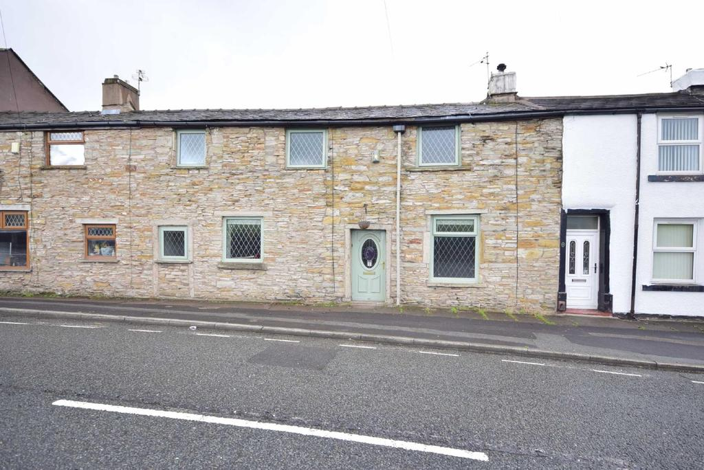 4 Bedrooms Terraced House for sale in Dandy Row, Darwen, BB3