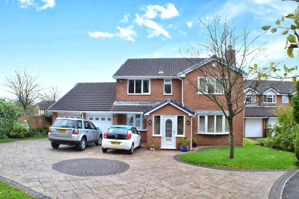 4 Bedrooms Detached House for sale in Charnwood Close, Beardwood, Blackburn, BB2