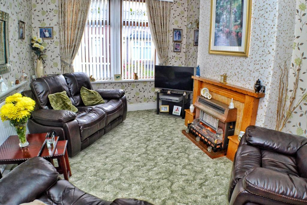 3 Bedrooms Terraced House for sale in Pritchard Street, Blackburn, Lancashire, BB2