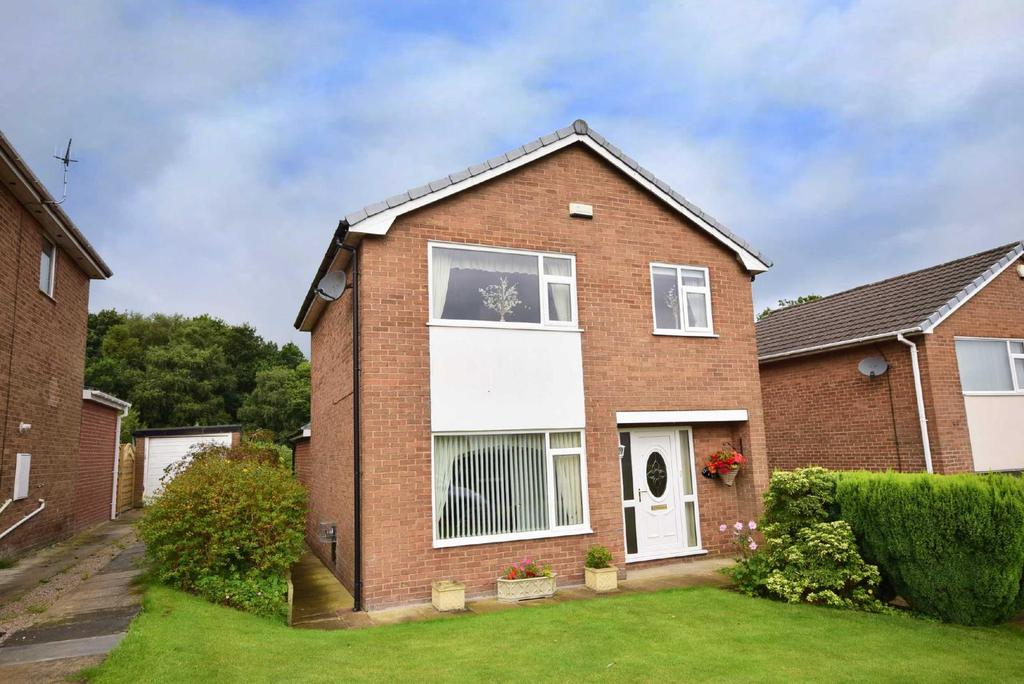 3 Bedrooms Detached House for sale in Durham Road, Wilpshire, Blackburn, BB1