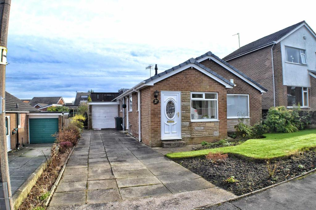 2 Bedrooms Detached Bungalow for sale in Durham Road, Wilpshire, BB1