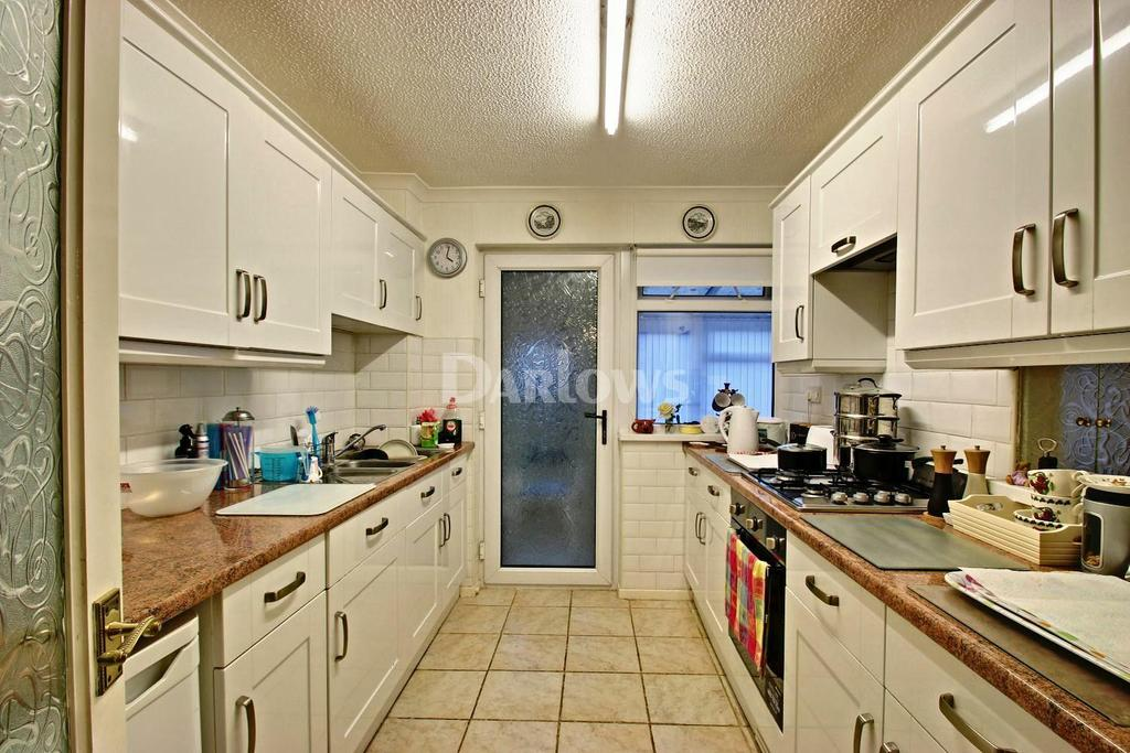 2 Bedrooms Semi Detached House for sale in Cae'r Wern Merthyr Tydfil