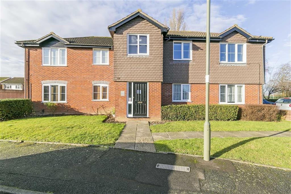 1 Bedroom Flat for sale in Melton Fields, Epsom, Surrey