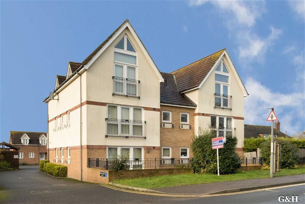 2 Bedrooms Flat for sale in Lime Court, Ashford, Kent
