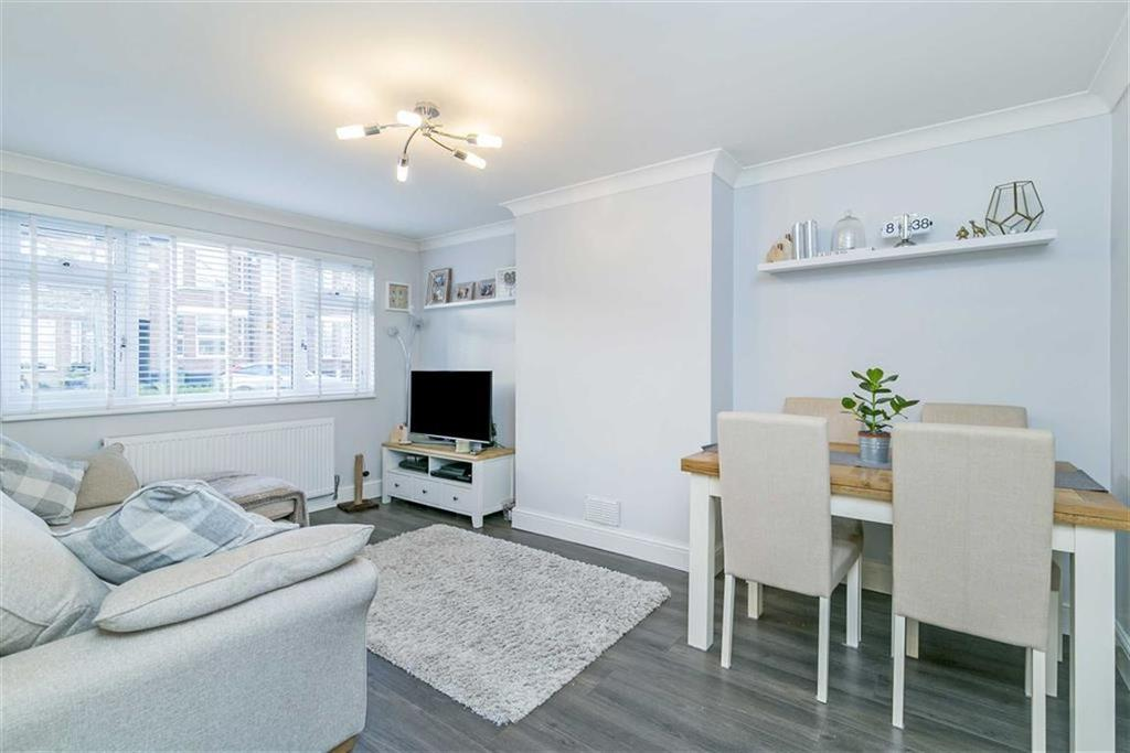 2 Bedrooms Maisonette Flat for sale in Tate Road, Sutton, Surrey