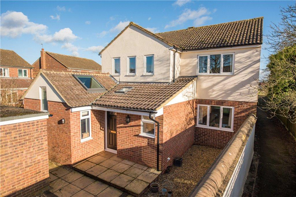 4 Bedrooms Detached House for sale in Sheerstock, Haddenham, Aylesbury, Buckinghamshire