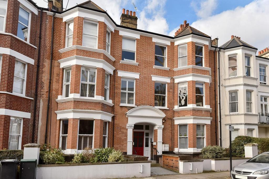 2 Bedrooms Flat for sale in Cranworth Gardens, Oval