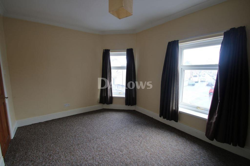 2 Bedrooms End Of Terrace House for sale in North Clive Street, Grangetown