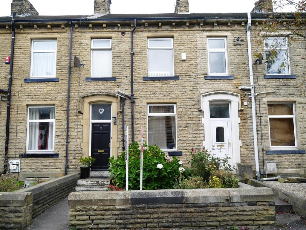 3 Bedrooms Terraced House for sale in Sherwood Place, Underciffe, Bradford, BD2 3DX